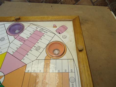 Realizado tanto la caja como las fichas en. MIL ANUNCIOS.COM - Juego parchis de 6 de madera es antiguo