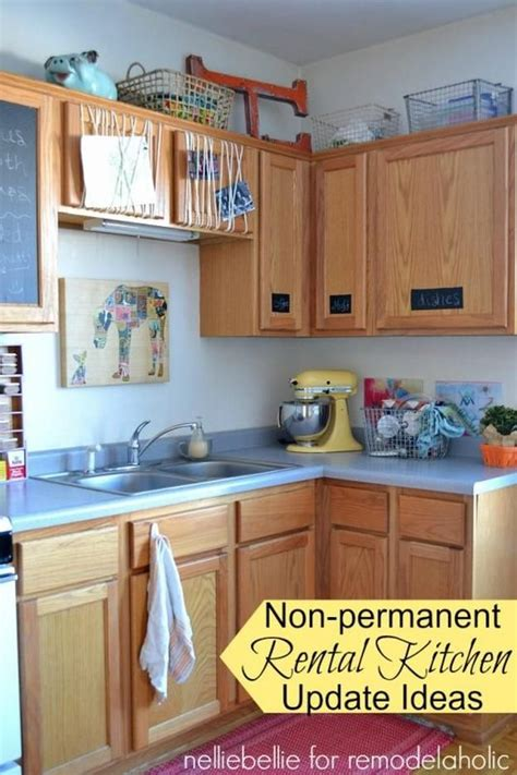 Kitchen Decorating Ideas For Renters by 25 Best Ideas About Rental Kitchen On Small