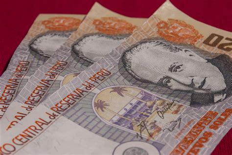 peruvian currency guide  travel
