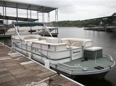 Tritoon Boats For Sale Missouri by Pontoon New And Used Boats For Sale In Missouri