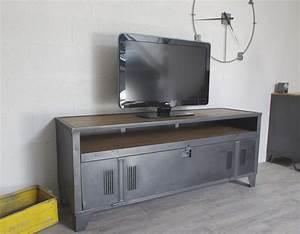 Meuble Tv Casier Industriel : meuble tv industriel vestiaire avec authentique vestaire et niche ~ Nature-et-papiers.com Idées de Décoration