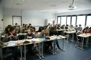 une salle de classe lyc 233 e conti bruz