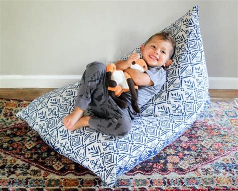 How To Make A Kid's Bean Bag Chair Using Stuffed Animals Home Decorating Jobs Rochester Decor St Louis Wholesale Distributors Accessories Decoration Picture Hippie Ideas Cheap Country Catalogs