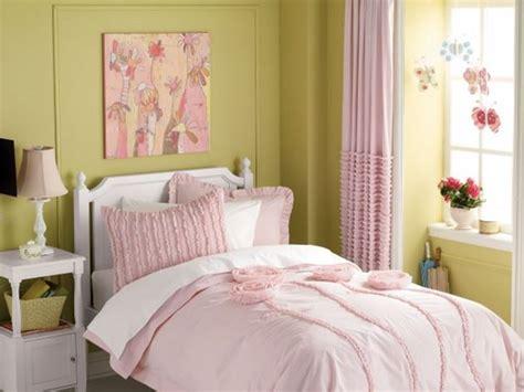small shabby chic bedroom decoration  ideas