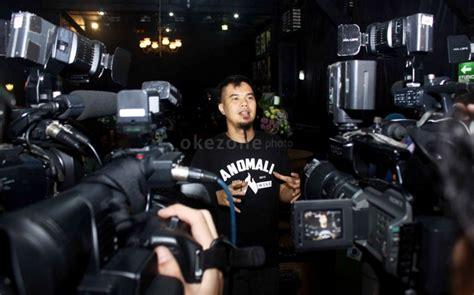 ahmad dhani hadiahi raffi obat kuat okezone celebrity