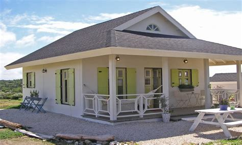 A Cute Small Home With Beautiful Features : Small Cottage House Plans With Loft