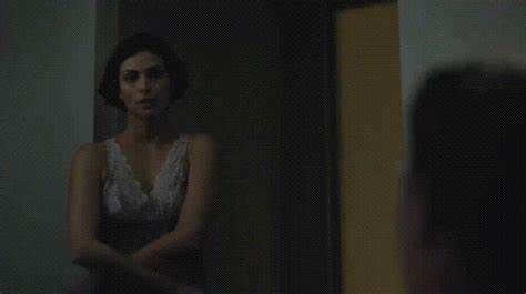 Topless Action Of Flawless Morena Baccarin