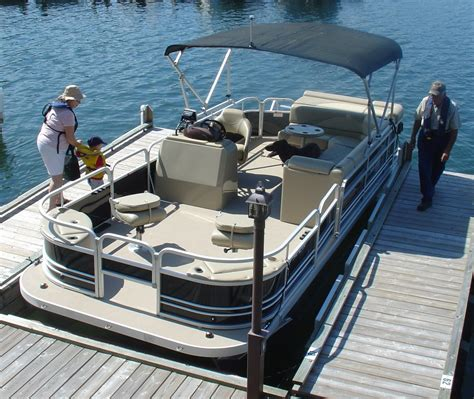Fishing Boat Rental Service by Fishing Boating And Family Vacations On Lake Of The