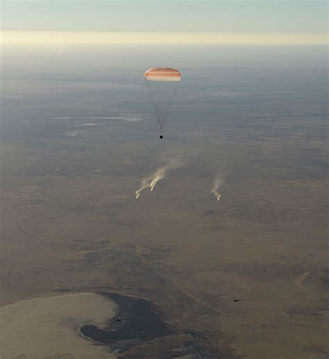 Soyuz Ms-08 Returns Station Crew To Earth After 197 Days
