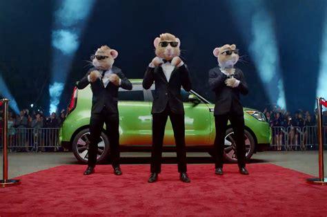 kia soul ad shows  stylish  hamsters
