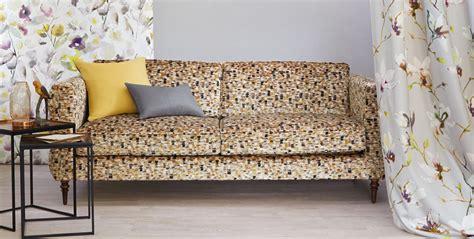 tappezzerie per divani tappezzeria salotti poltrone e divani tappezzeria