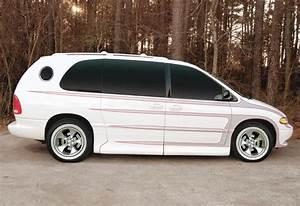 Runawaychair 1998 Dodge Grand Caravan Passenger Specs  Photos  Modification Info At Cardomain