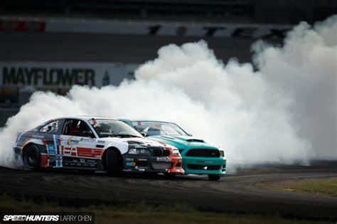 bmw  drift smoke hd wallpaper cars wallpaper