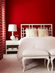 Wand Mit Fotos Gestalten : rote wand 50 ideen mit wandfarbe rot ~ Orissabook.com Haus und Dekorationen