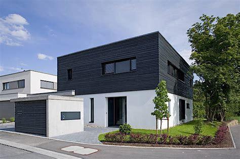 Wohnhaus Mit Garage In Würzburg