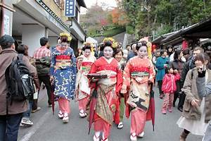 Discover Interesting Festivals in Japan | TravelVivi.com