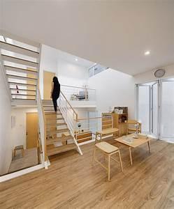 Small Modern House with Split level Interior Design Idea
