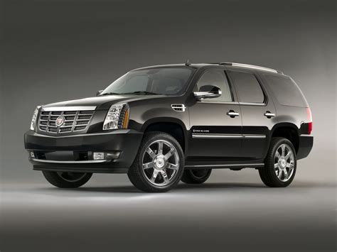 2011 Cadillac Escalade  Price, Photos, Reviews & Features