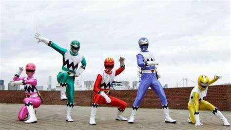 Slideshow: Every Power Rangers Costume