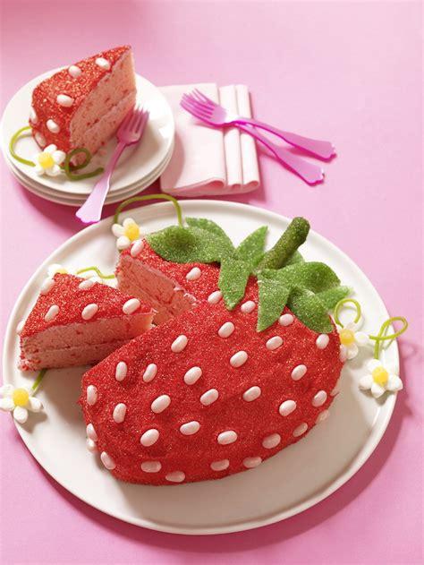 strawberry cake forever hello cupcake