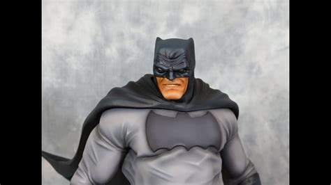 15 The Dark Knight Returns Batman Statue Youtube