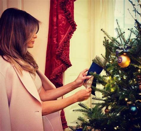 white house christmas decorations  lady unveils