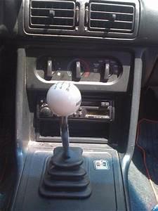 Hurst Mustang 5 Speed Shift Handle  U0026 Bezel Kit  87