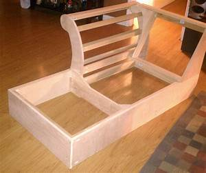 How to build a sectional sofa 20 inspiring diy projects for Build your own sectional sleeper sofa