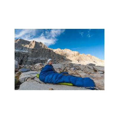 10 Pro Tips: Staying Warm in a Sleeping BagThe Big Outside