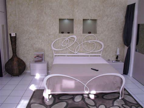 ladari ideal comodini da abbinare a letto in ferro battuto comodini da