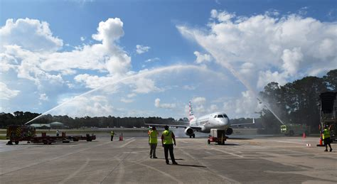 jet service finally arrives  hilton head airport