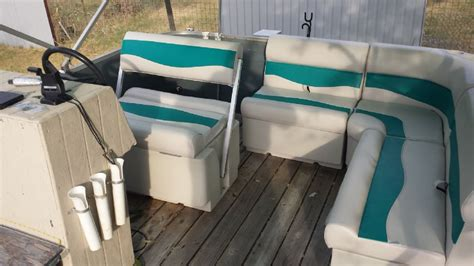Old Boat Seats by 1985 Bass Buggy Rebuild Pontoon Forum Gt Get Help With