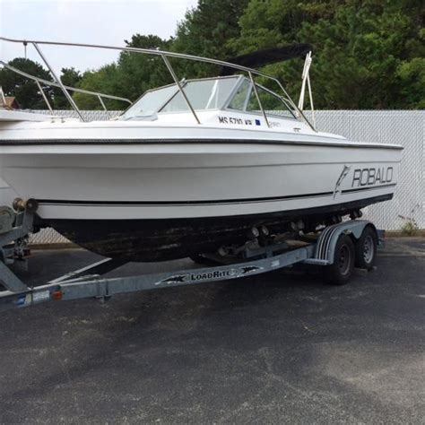 Robalo Boats Cuddy Cabin by Robalo Boats For Sale 22 Boats