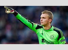 Pemain Ajax Amsterdam Resmi Bermain Bersama Barcelona