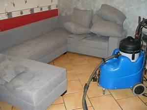 Nettoyage canapes tissu et cuir lens 62 for Nettoyage tapis avec canape tv