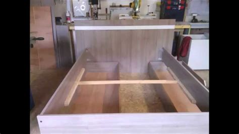 fabrication d un lit moderne en m 233 lamin 233 ch 234 ne brun build a modern bed part 1