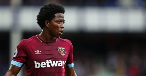 West Ham Midfielder Carlos Sanchez Facing Months Out With ...