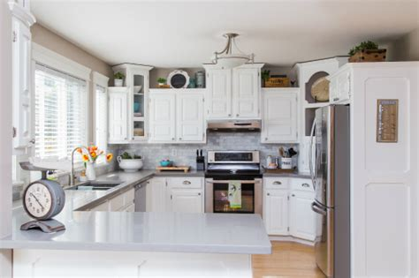clean countertops how to speed clean the kitchen clean and scentsible