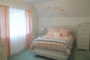 bedroom and bathroom color ideas white interior design idea for bedroom using pastel bedding color and paired with