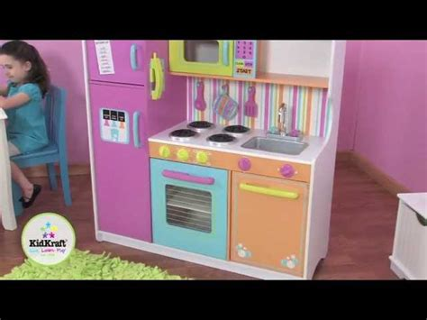 avis cuisine kidkraft kidkraft grande cuisine de luxe aux couleurs vives 53100