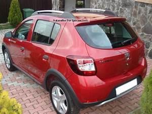 Equipement Dacia Sandero Stepway Prestige : 2013 dacia sandero stepway tce 90 prestige car photo and specs ~ Gottalentnigeria.com Avis de Voitures