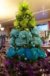 amazing designer christmas tree ideas embellished with tulle trendy mods com