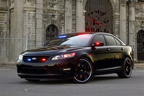 2018 Stealth Ford Police Interceptor Concept Review