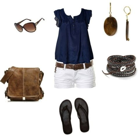 Navy blue top with white shorts...too cute!!