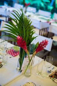 20 tropical wedding centerpieces you ll