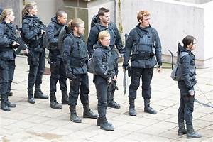 Photos from the set of Mockingjay Part 2 | The Fangirl ...