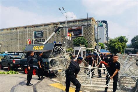 polisi tambah kawat berduri halau demo 22 mei 2019 tagar
