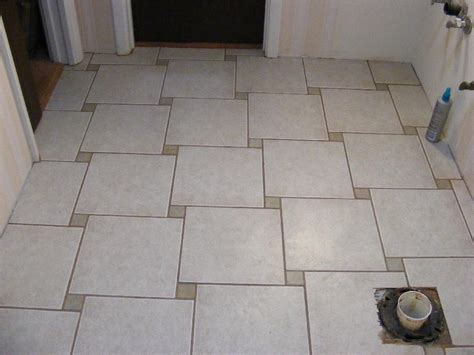 Tile Floor Layout by Pecos Sww Ceramic Tile Installation