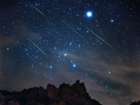 Meteor Shower August 13 - it s raining meteors perseids make annual appearance rt
