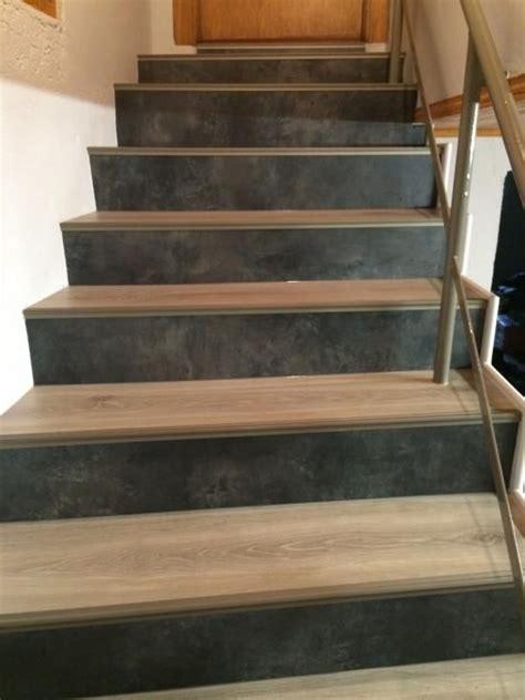 les 25 meilleures id 233 es de la cat 233 gorie habillage escalier b 233 ton sur marche escalier